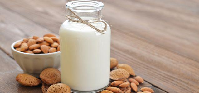 миндальное молоко детям